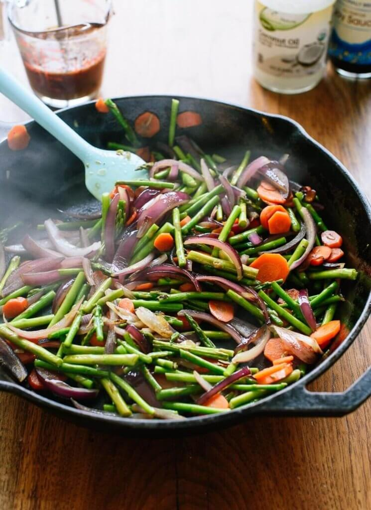 stir frying vegetables